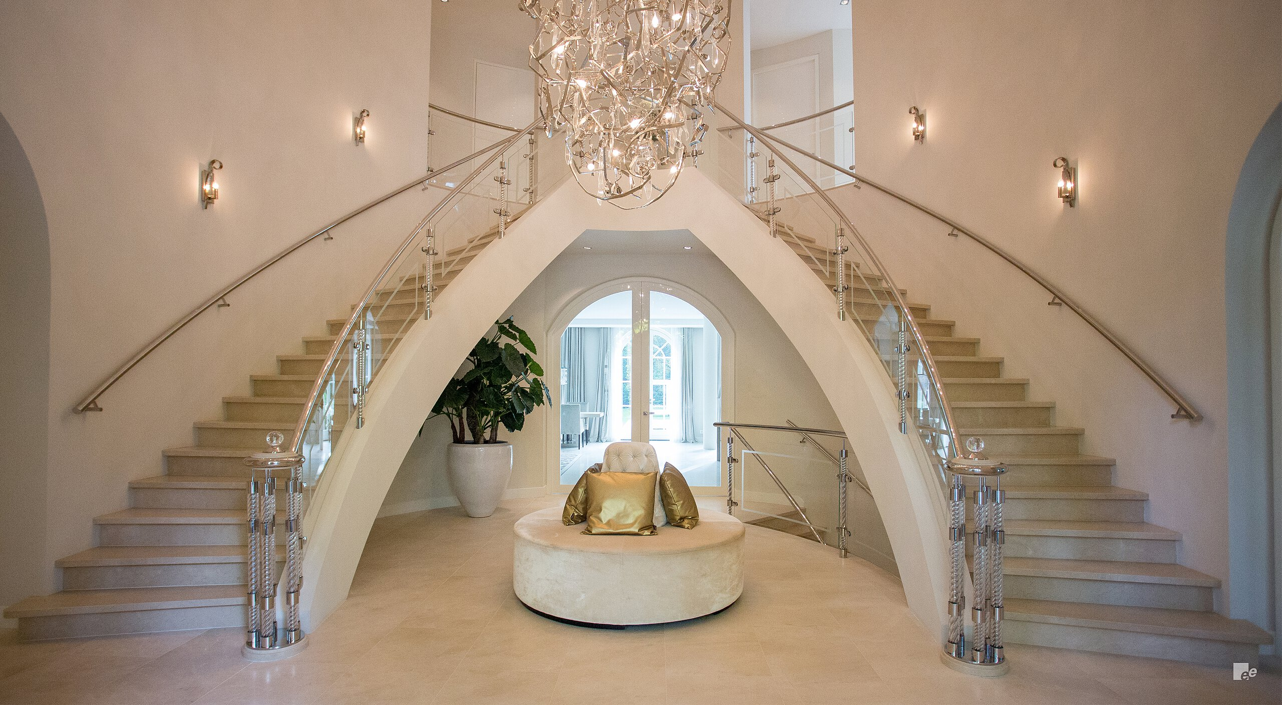 Double Curved staircase design